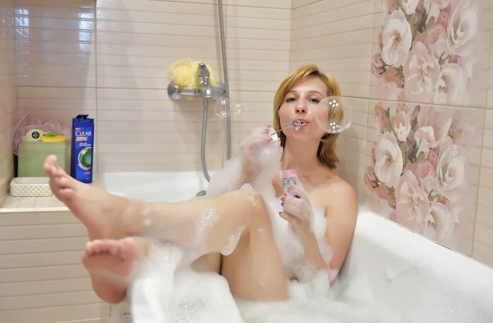 Kvinna i bad