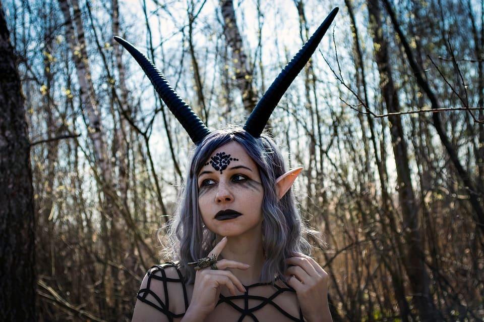 Kvinnlig demon