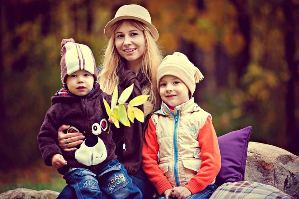 Med barnen i parken